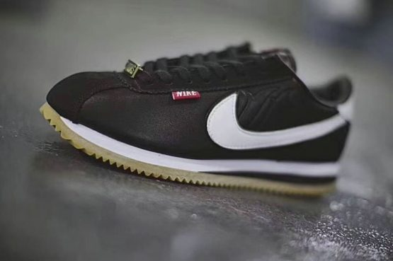 new concept 728d0 bd530 Mister Cartoon x Nike Cortez Basic QS