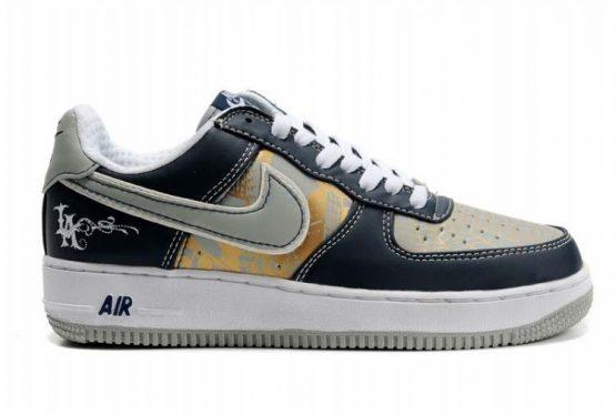online store d4786 9b0fe Nike Air Force 1 x Mr Cartoon